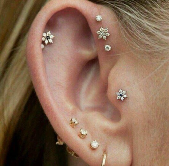 tragus piercing (10)