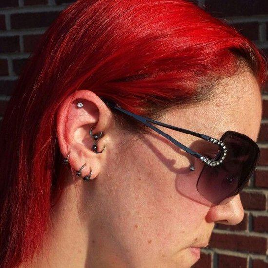 tragus piercing (9)