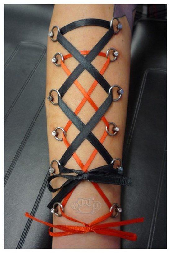corset piercing (14)
