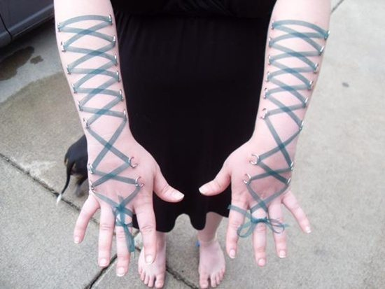 corset piercing (24)
