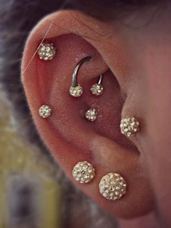 snug piercing (1)
