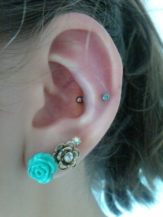 the gallery for gt snug piercing