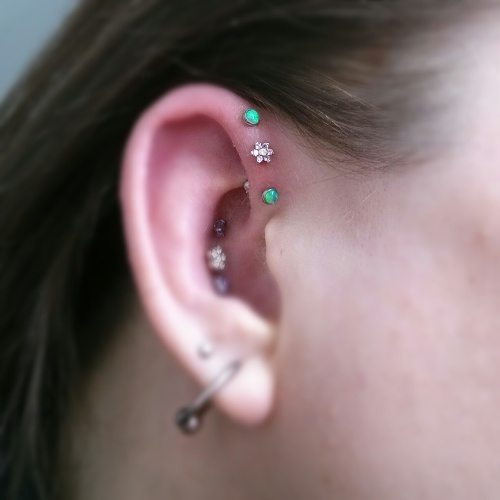 Very Useful Information Regarding Helix Piercing And Its Healing  QI71