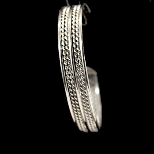 Add charm to your look with stainless steel bracelets for Stainless steel jewelry durability