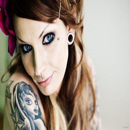 Beautiful-Girl-Tattoo-Design-And-Piercing