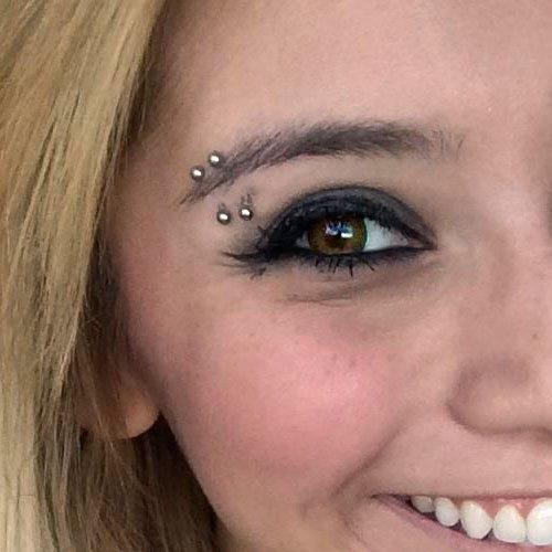 kirstin-maldonado-eyebrow-piercing-500x500