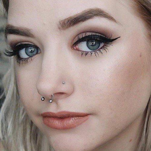 maddi-bragg-septum-and-nostril-piercings-500x500